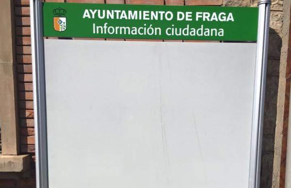 IU considera insuficiente el número de paneles de uso público instalados por el Ayuntamiento de Fraga