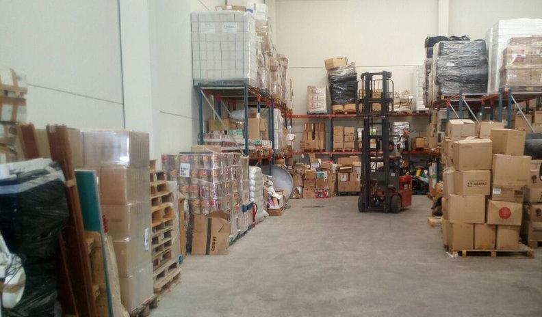 El Frente Cívico Cinco Villas recoge 12 toneladas de ropa para enviar a las y los refugiados