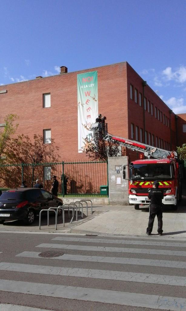 Retiran del IES Andalán una pancarta contra la 'Ley Wert' por una denuncia del PP-PAR