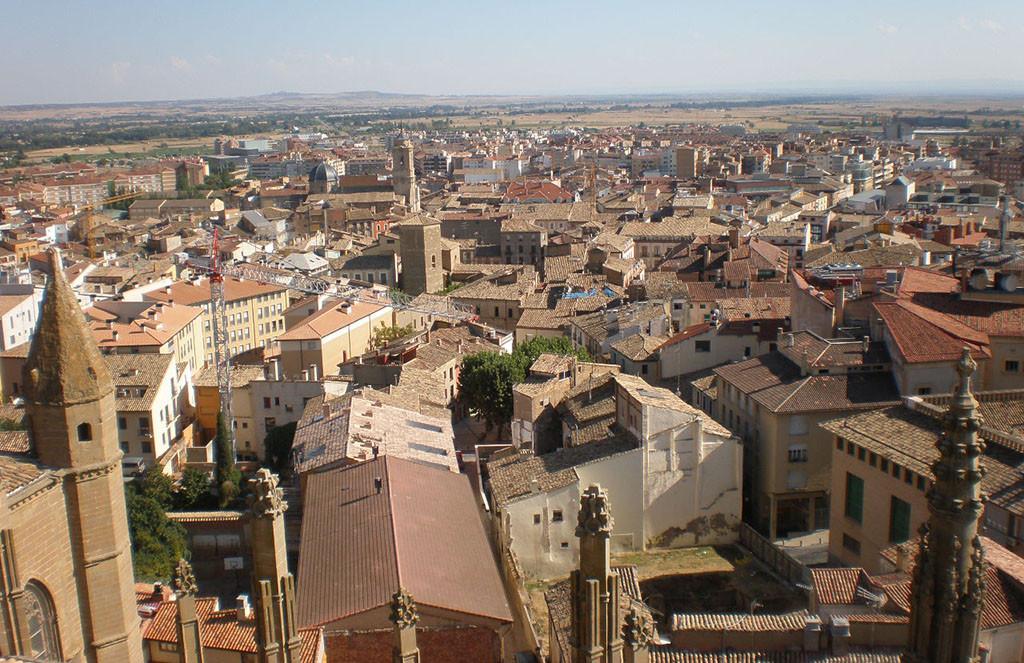 """La Asamblea de Cambiar Huesca denuncia la """"nula"""" gestión de la DGA y Ayuntamiento en materia de Vivienda"""