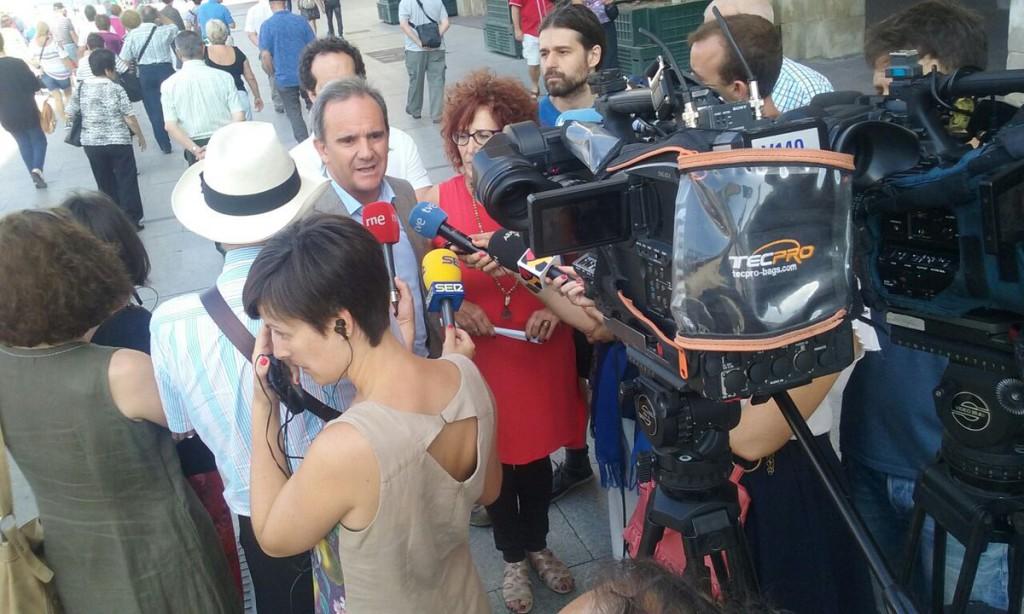 Zaragoza en Común pide explicaciones al PSOE por FCC, Acciona, AUZSA y Averly