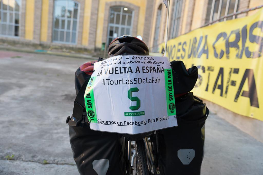 """El 'Tour Las 5 de la PAH"""" llega a Uesca"""