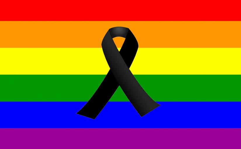 Zaragoza y Binéfar se concentran en repulsa por la masacre en Orlando contra el colectivo LGTBI