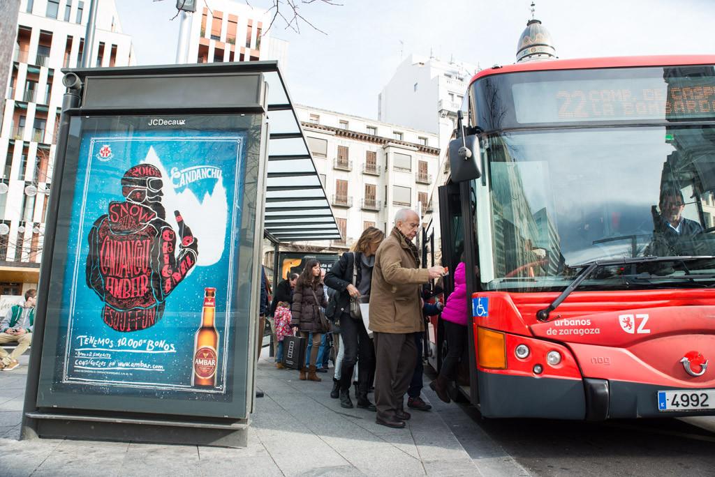 El Ayuntamiento presenta una denuncia tras detectar 300 posibles casos de estafa en las recargas de bus y tranvía de Zaragoza