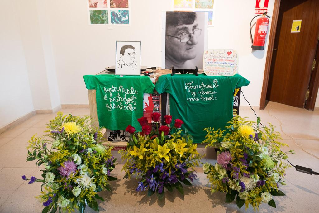 Cálido y sentido homenaje al profesor y activista Antonio Aramayona
