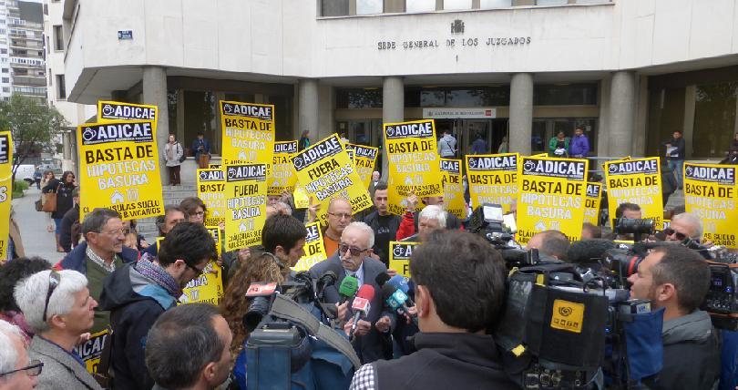 """ADICAE seguirá luchando para """"conseguir la devolución de todo el dinero cobrado de más con las cláusulas suelo"""""""