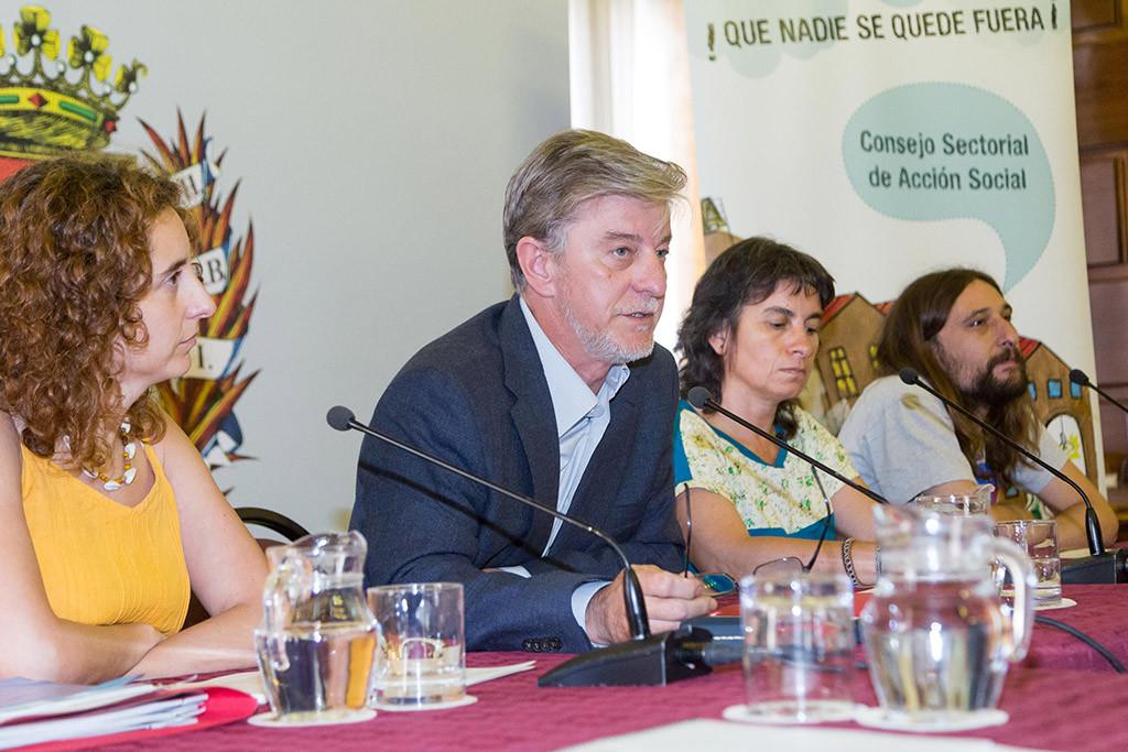 El Ayuntamiento presenta más de cien medidas llevadas a cabo en Zaragoza para garantizar los Derechos Sociales