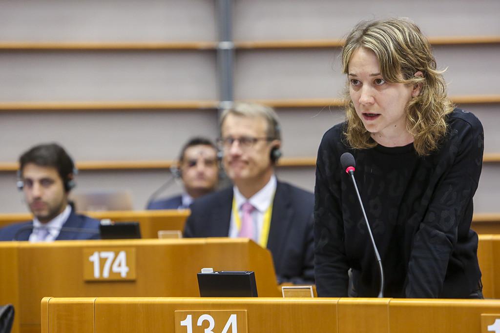 """Marina Albiol: """"El càncer de la corrupció del PP sembla que estén les seues ramificacions per Europa"""""""