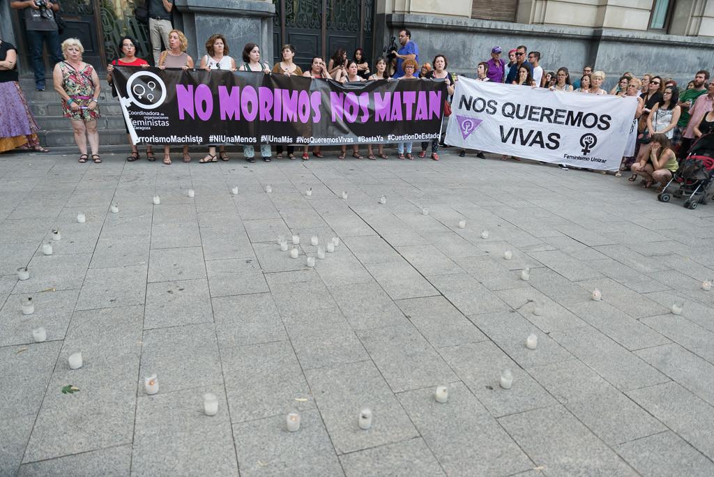Nuevo acto de repulsa contra el terrorismo machista en Zaragoza
