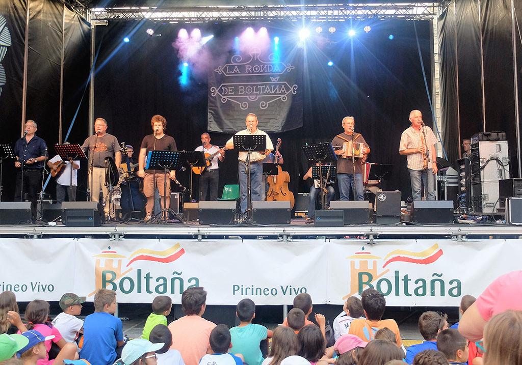 La Ronda de Boltaña despide la X Feria Pirenaica de Luthiers Pirenostrum