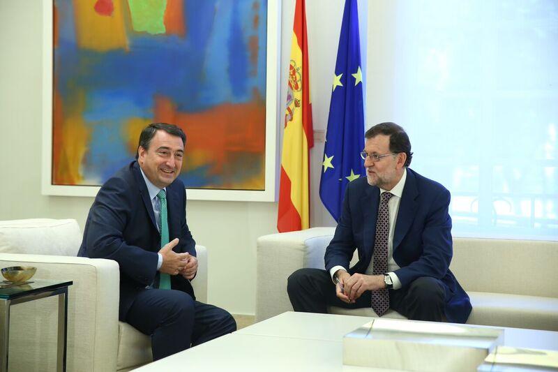 Rajoy sigue muy lejos de sumar para formar Gobierno