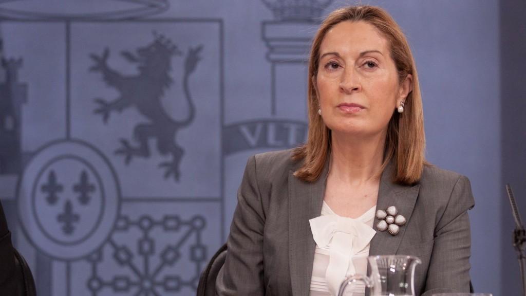 Ana Pastor anuncia el 30 de agosto como fecha para el debate de investidura de Rajoy