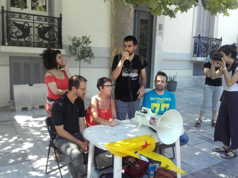 Desprecio de la Embajada española a la delegación de Caravana a Grecia