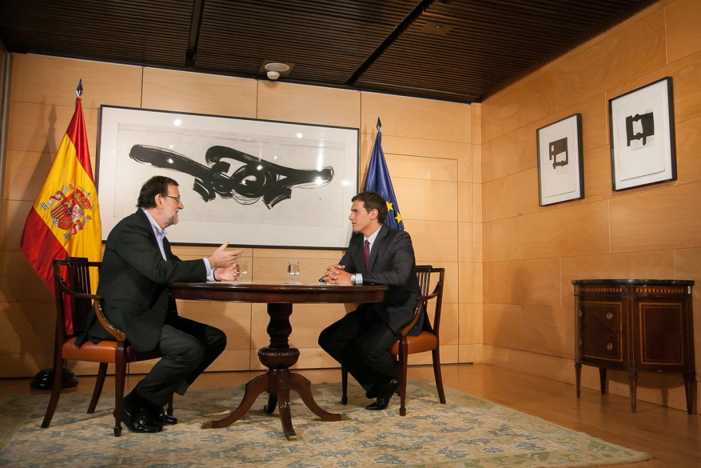 Rajoy y Rivera se reúnen este domingo para ratificar el pacto de investidura
