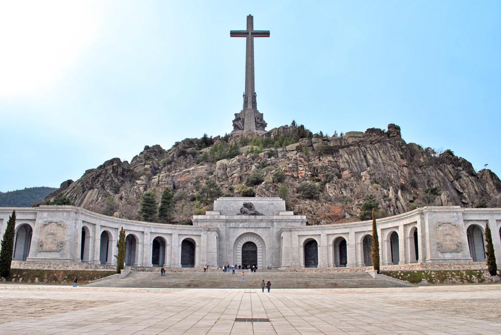 Los rehenes aragoneses del Valle de los Caídos