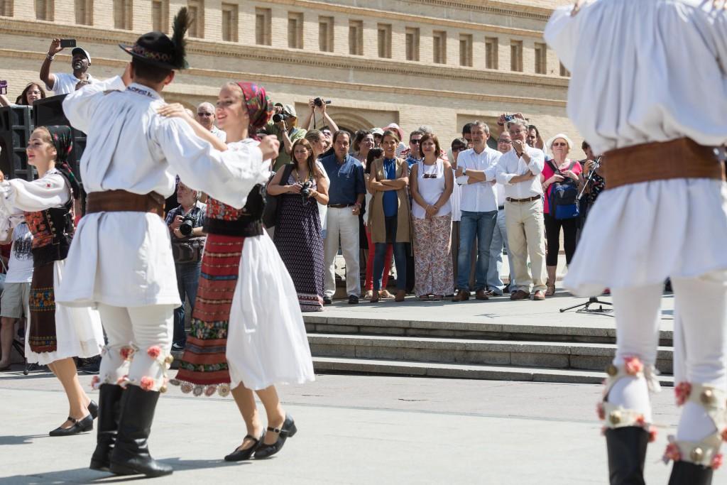 El Eifolk Ciudad de Zaragoza llena las calles y plazas de música y danzas tradicionales en su XXV Edición