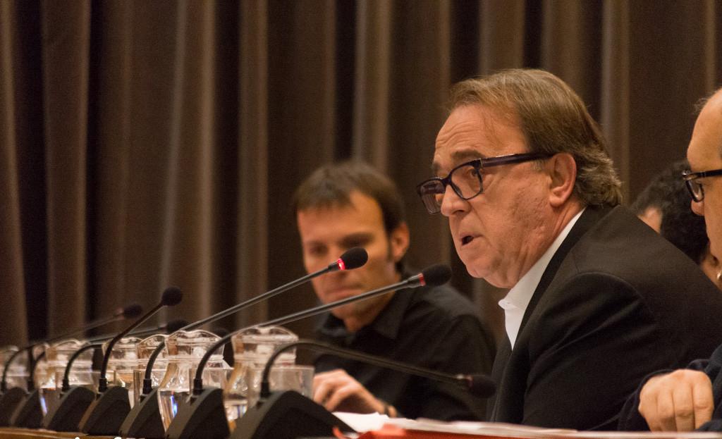 Pérez Anadón entre las dimisiones de la Ejecutiva del PSOE que quieren presionar a Sánchez