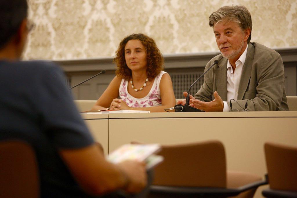 Zaragoza presenta un programa de actividades educativas para todos los centros