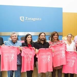 La Carrera de la Mujer bate récord en Zaragoza con 9.500 participantes