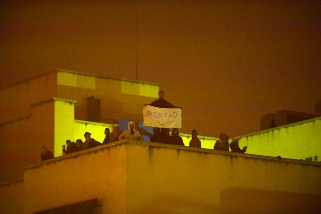 Preocupación por el estado de los internos del CIE de Aluche tras la protesta