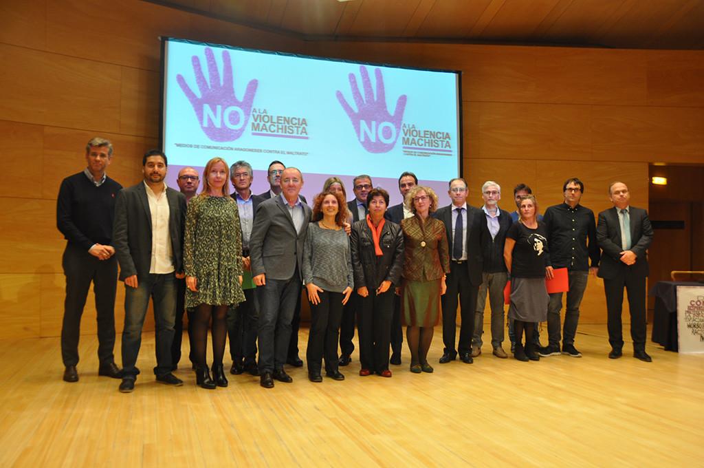 Medios de comunicación aragoneses acuerdan un protocolo de buenas prácticas contra la violencia machista