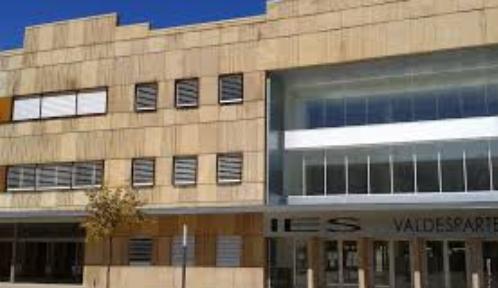 Los institutos de Valdespartera, Miguel Servet y Medina Albaida ya cuentan con PIEE