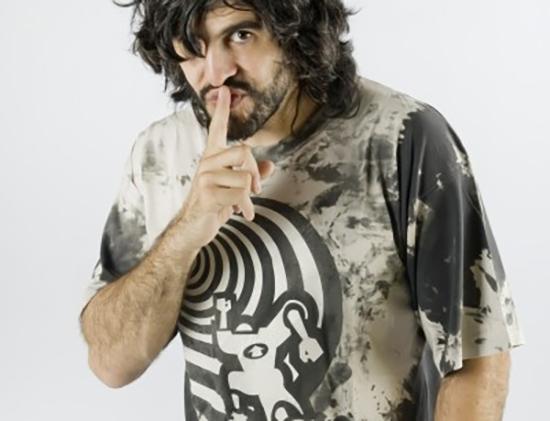 El monologuista J.J. Vaquero y el mago argentino Hernán Maccagno, este fin de semana en El Sótano Mágico