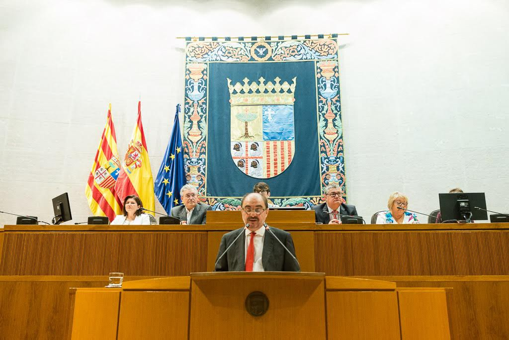 Javier Lambán genera una polémica artificial con la cooficialidad del aragonés y el catalán