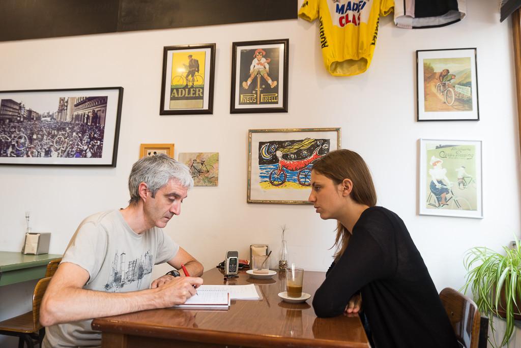 Félix Rivas y Lía Lez durante su encuentro en La Ciclería. Foto: Pablo Ibáñez (AraInfo)
