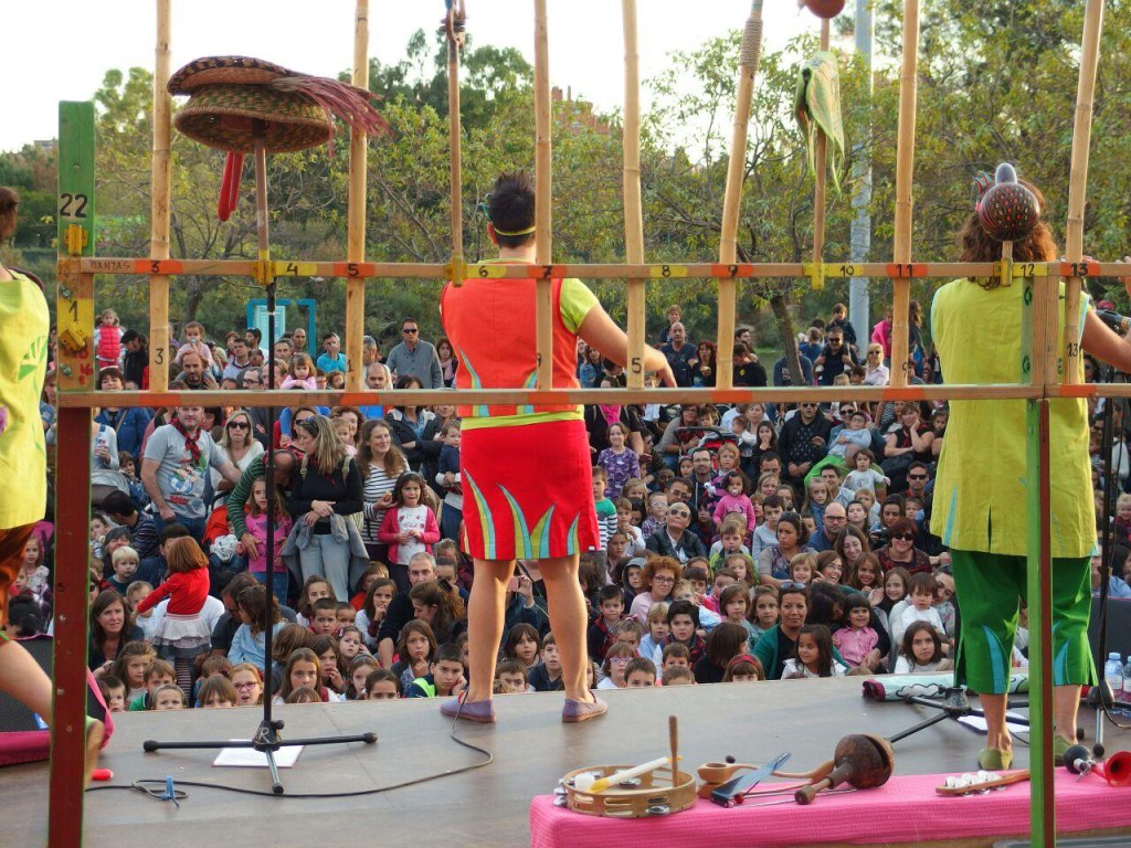 Plazas y Barrios para disfrutar de la magia y el circo