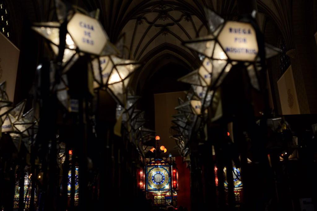 El Ayuntamiento de Zaragoza deja de asumir el gasto de la decoración floral del Rosario de Cristal