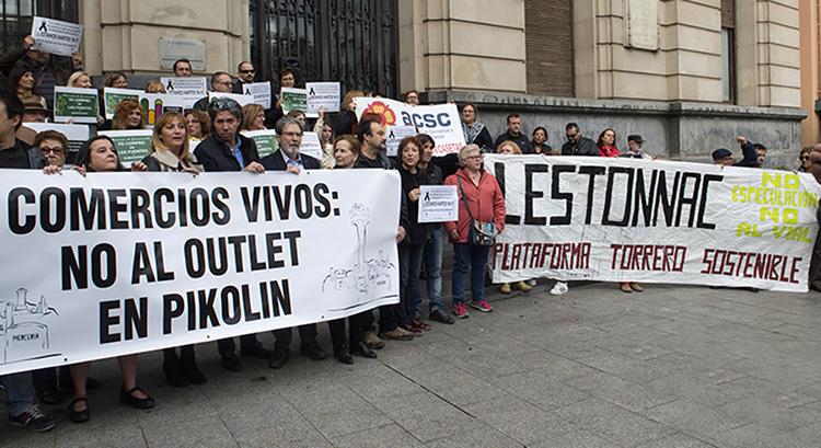 Los votos de PSOE, PP y C's dan luz verde al 'outlet' de Pikolín