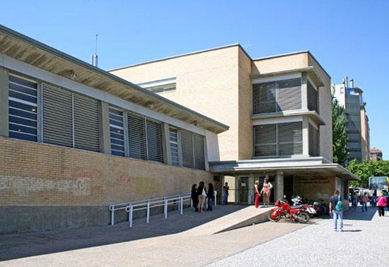 Denuncian la falta de profesorado en la Facultad de Ciencias de la Salud de la Universidad de Zaragoza