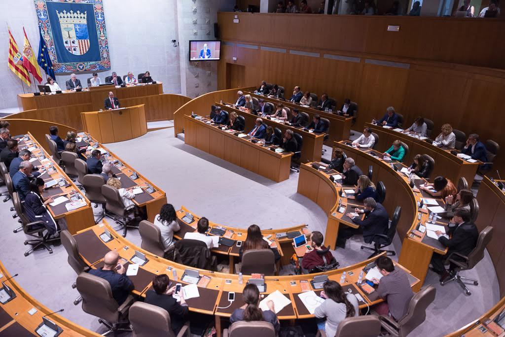Debate plano y anodino sobre el Estado de Aragón con la vista puesta en la crisis del PSOE estatal