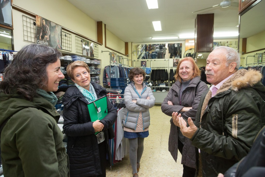 247 establecimientos en Zaragoza se adhieren a la Red de comercios amigables con las personas mayores