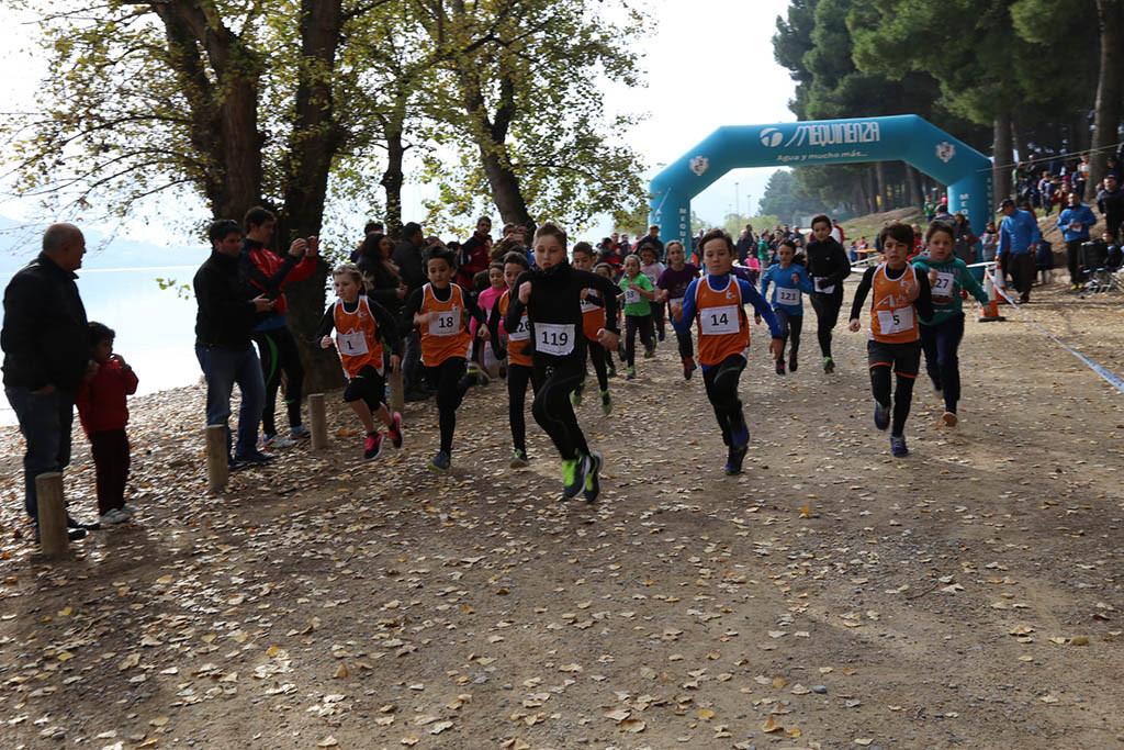 El Cross Villa de Mequinensa se consolida en su segunda edición en el calendario aragonés de campo a través