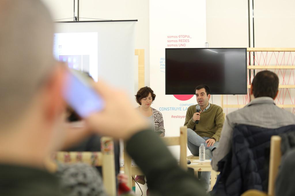 Expertos en transmedia impulsan la literatura como herramienta de educación y comunicación con jóvenes