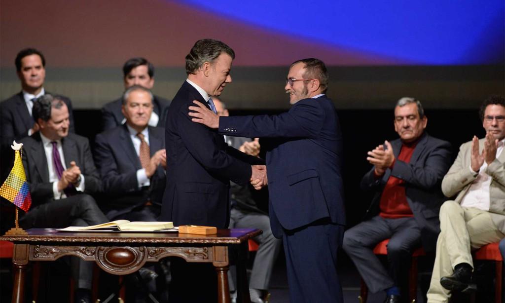 El Gobierno colombiano y las FARC-EP firman en Bogotá el nuevo acuerdo de paz