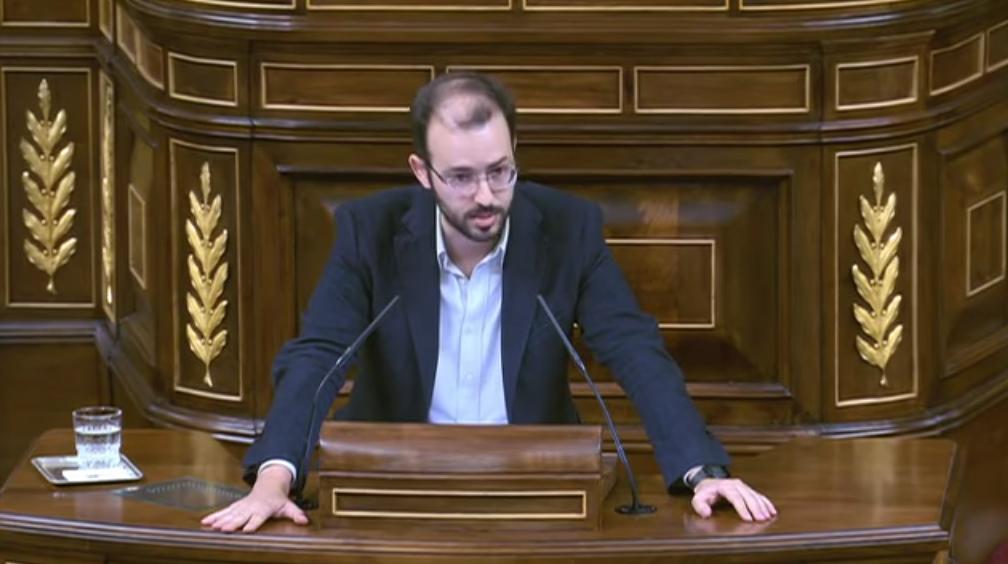 Unidos Podemos en Común y En Comú Podem reclaman en el Congreso español mejoras en la seguridad de la N-230