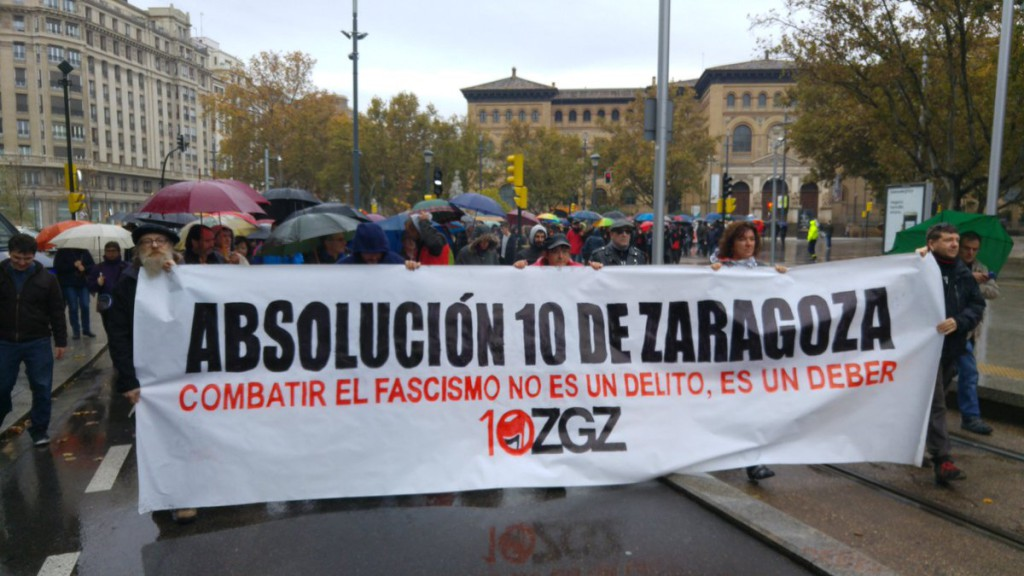 Una manifestación apoyada por treinta organizaciones reclama la absolución de diez antifascistas