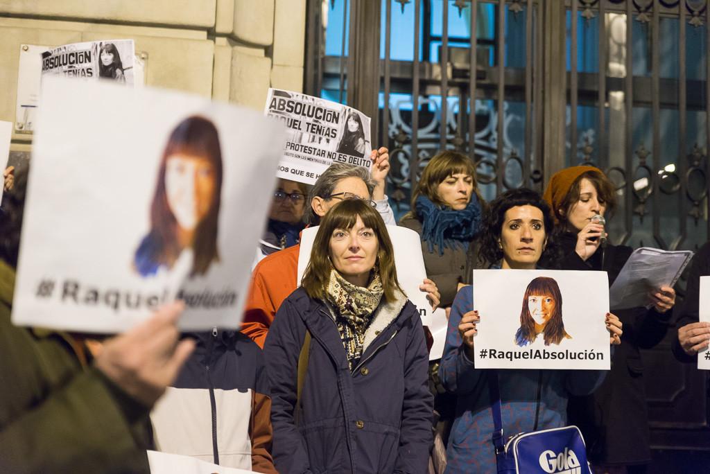 Miles de voces exigen la absolución de Raquel Tenías