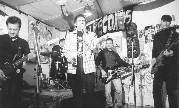 'Esto no es Rock Radical Vasco', homenaje a Eskorbuto, La Polla Records y Kortatu