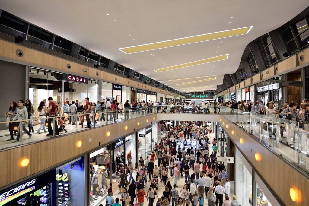 Frente al consumismo inconsciente, un día sin compras