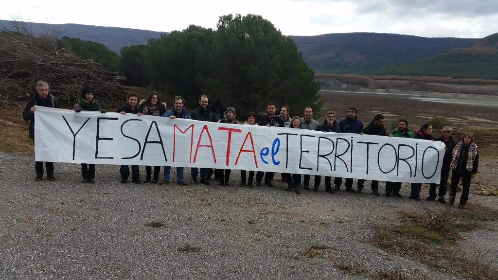 La Asociación Río Aragón vuelve a pedir la paralización del recrecimiento de Yesa