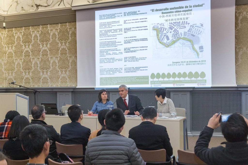 Técnicos del ayuntamiento chino de Zhuhai conocen las experiencias de desarrollo sostenible en Zaragoza