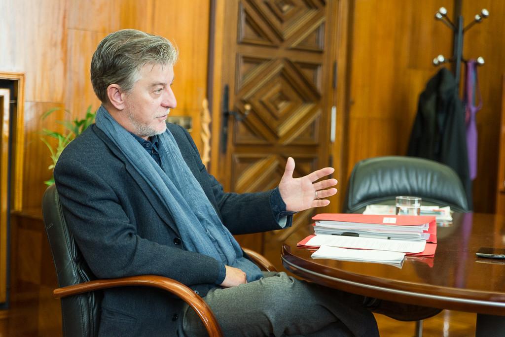 """Pedro Santisteve: """"Hemos hecho frente a la asfixia económica sin recortes sociales"""""""