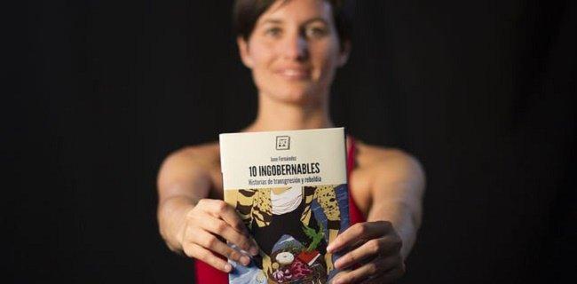 June Fernández, periodista de Pikara, presenta en La Pantera Rossa su libro '10 ingobernables'