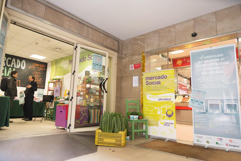 Continúan las actividades navideñas en el Mercado Central y en el de San Vicente de Paúl