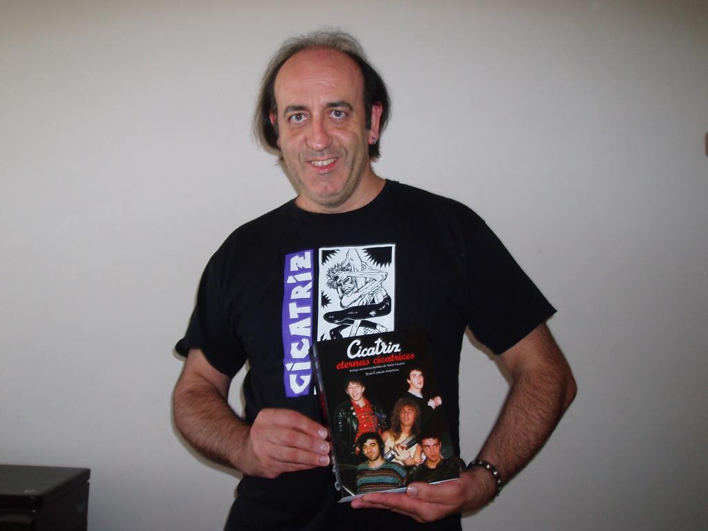 Radio La Granja presenta el libro de Juan Carlos Azkoitia, 'Cicatriz: Eternas cicatrices'