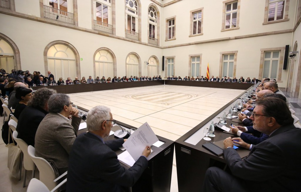 Organizaciones soberanistas catalanas fundan el Pacte Nacional pel Referèndum